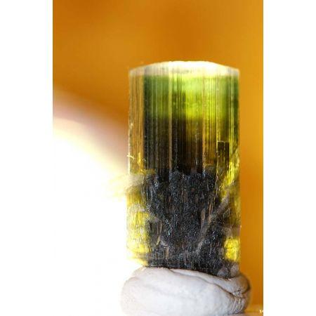 Tri-color Turmalin-Kristall, klar/grün/braun