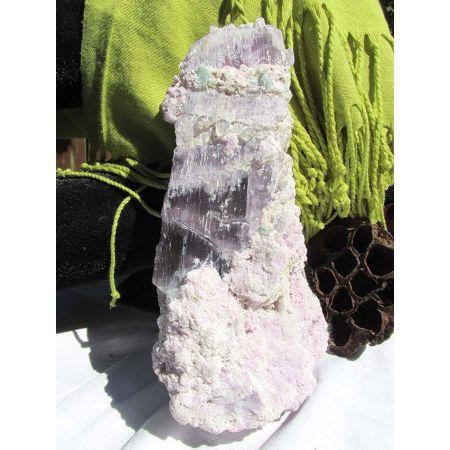 Kunzit - Mineralienstufe