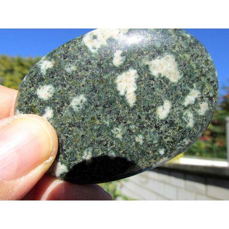 Greenstone-Stonehenge-Handschmeichler