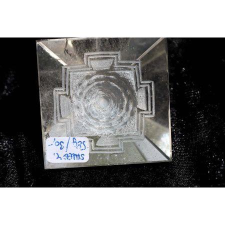 BK-Pyramide + Shree Yantra-Energie-Kristall