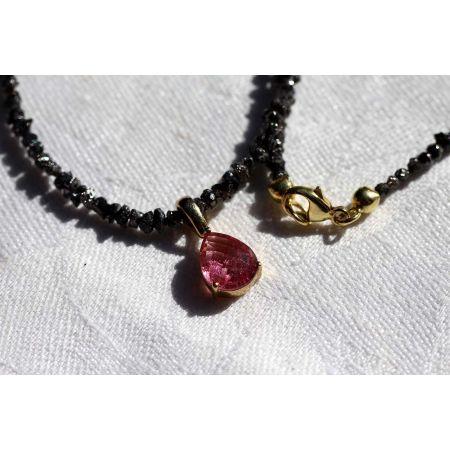 Schwarze Diamanten u. Pink Saphir Energiekette