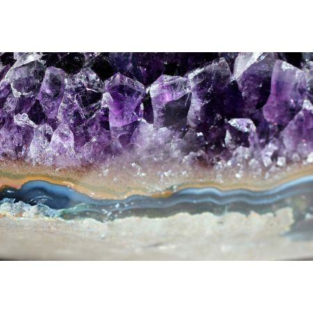 Amethyst-Energie-Geodenstück