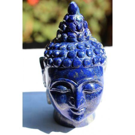 Bergkristall-Energie-Buddha mit Blumenbogen des Lichts