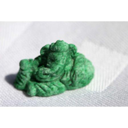 Maw Sit Sit-Jade-Ganesha-Gravur, liegend