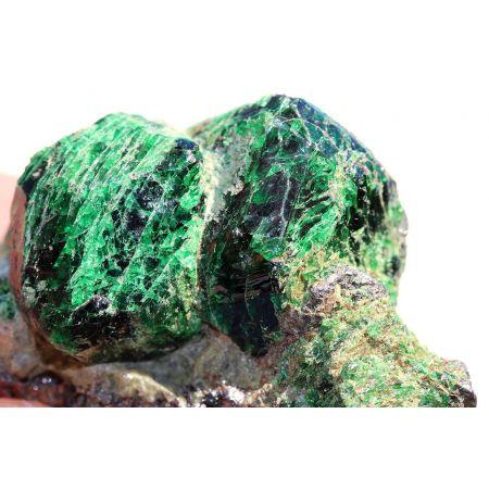 Tsavorit-Kristall-Stufe, Rarität